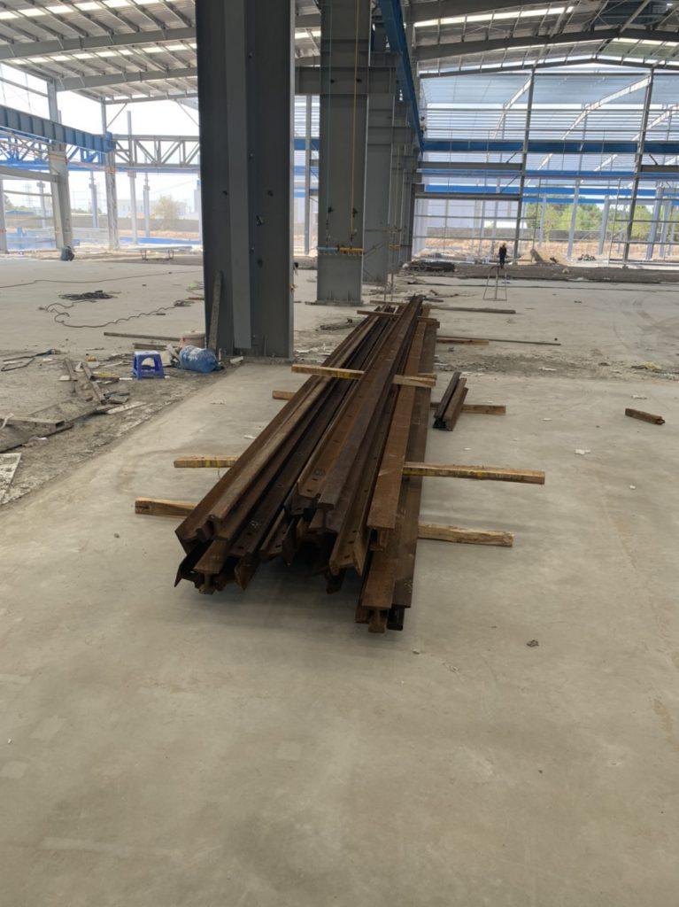 Lắp rail đường chạy cầu 20 ton