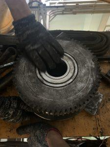 Thay thế senxo và bánh xe cầu trục 10ton 4 225x300 - Thay thế senxo và bánh xe cầu trục 10ton