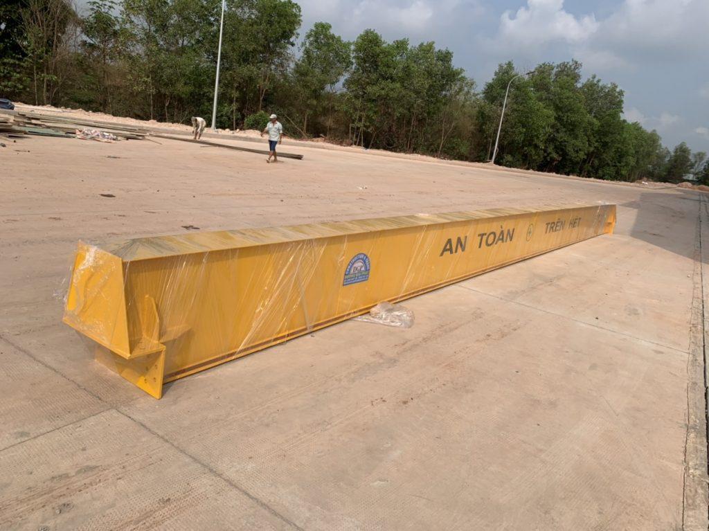 Lắp dầm và cẩu trục 5 tấn kcn hố Nai