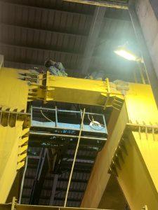 Sửa chữa cẩu trục 40tấn kcn Phú Mỹ 1 3 225x300 - Sửa chữa cẩu trục 40 tấn