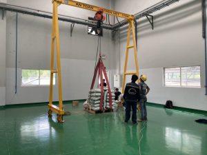 Thử tải cẩu trục 1 tấn 2 300x225 - Thử tải cẩu trục 1 tấn