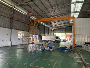 Hệ thống đèn chiếu sáng nhà xưởng 3 300x225 - Hệ thống đèn chiếu sáng nhà xưởng